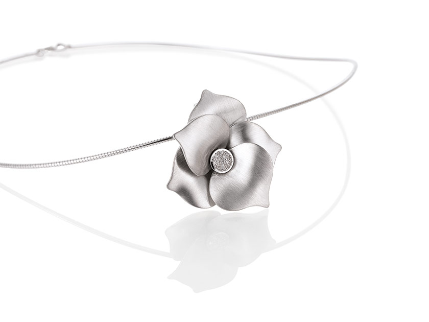 Breuning-PureFashion-SilverDiamond-31044120-diamant-halsketting.jpeg
