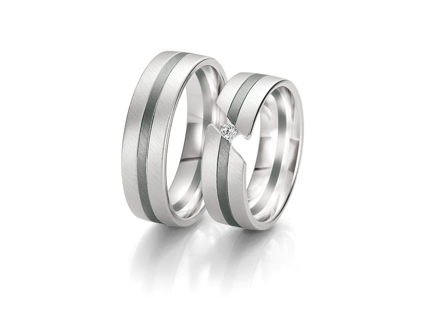 Breuning-PureLove-BlackWhite-48061350-diamant-ring.jpeg