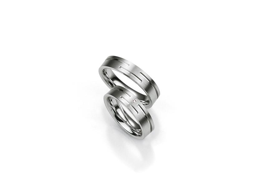 Breuning-PureLove-SilverDiamonds-48080010-diamant-ring.jpeg