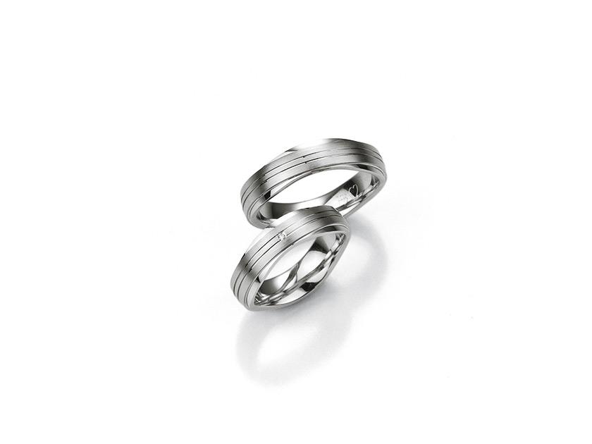 Breuning-PureLove-SilverDiamonds-48080130-diamant-ring.jpeg
